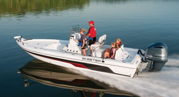 Maintenance tips for four-stroke outboard engines