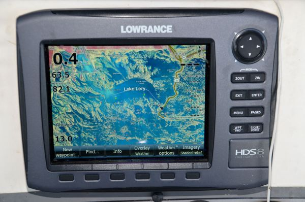 The Standard Mapping E-card allows anglers to zoom in from area coverage to such detail that even individual trees are visible on the screen.