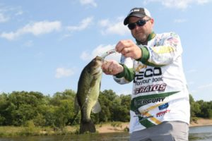 All treble hook baits carry a fish-loss risk, but strategic hook choice can alleviate this problem.
