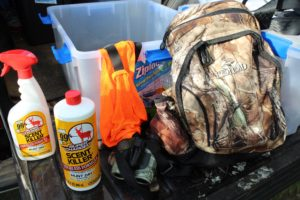 Curtis Simpson uses ScentLok clothing and keeps all his gear in airtight boxes to eliminate any chance of extra scent in the woods. He even waits to get dressed until he parks his truck and gets out in the woods.