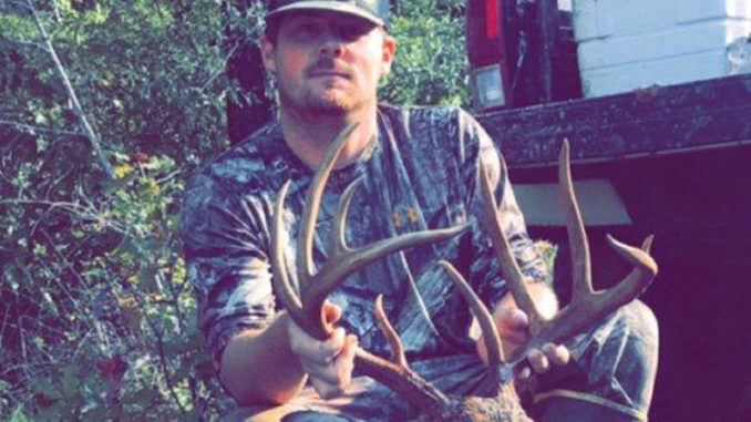Kenneth Miller dropped this big Sabine Parish 10-pointer on Oct. 26. The buck green-scored 154 inches.