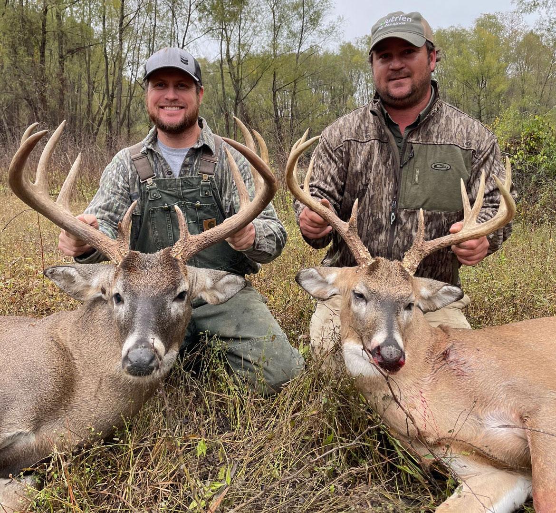 Greg Felts (left) and his best friend Chad Johnson both took 11-point bucks in Tensas Parish on Nov. 28.
